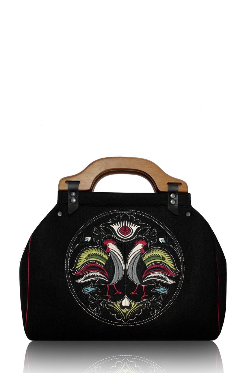Moda w stylu folk, czyli torebki z filcu