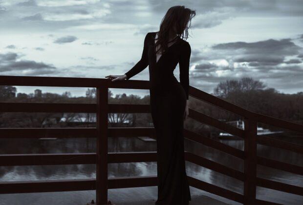 Jak dobrać sukienkę na wyjście wieczorowe